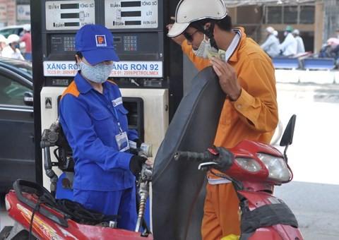 Thủ tướng đồng ý việc truy thu thuế xăng dầu