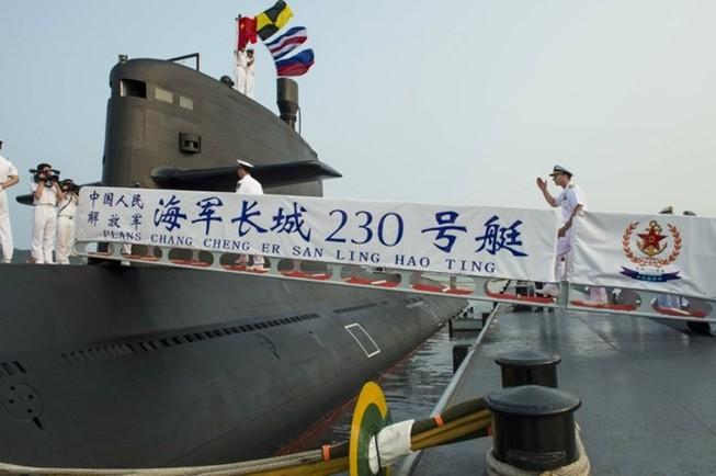 """Hầm chứa tàu ngầm - """"Đòn hiểm"""" của Trung Quốc"""