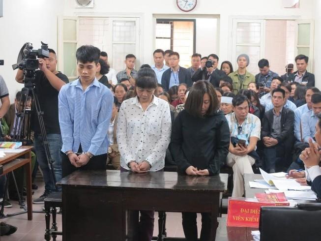 Chủ quán karaoke cháy khiến 13 người chết lãnh 9 năm tù