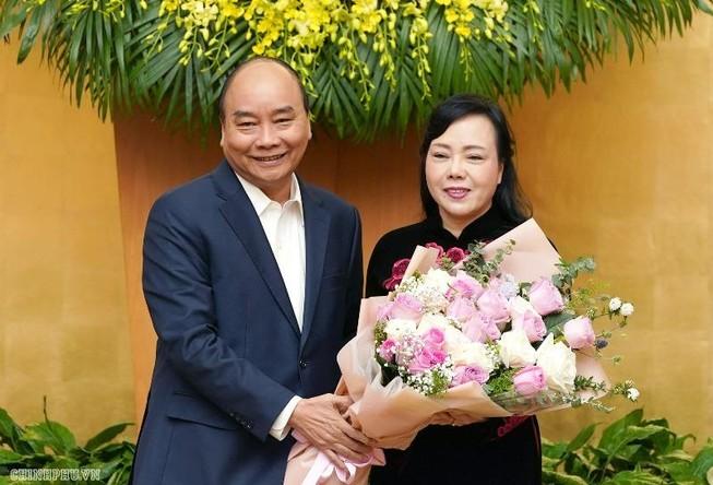 Thủ tướng cám ơn những đóng góp của bà Kim Tiến