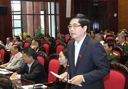 Bộ trưởng NN&PTNT kêu gọi dân không ăn tiết canh