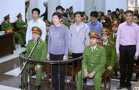 Khởi tố vụ án lộ mật giúp Dương Chí Dũng bỏ trốn