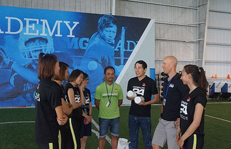 Tiếp sức đội tuyển điền kinh Việt Nam tại Mỹ