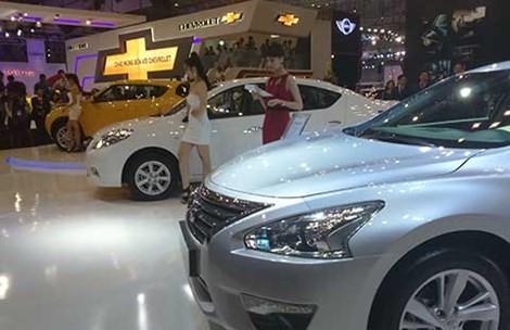 11 tháng, người Việt bỏ ra 5,3 tỉ USD mua ô tô