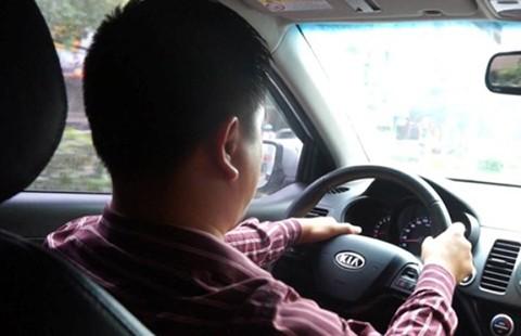 Đừng để tài xế ngủ gật sau tay lái