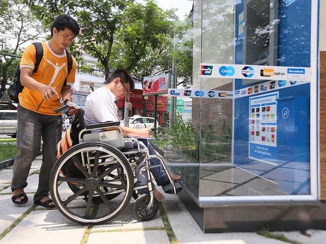 Người khuyết tật giúp nhau sống độc lập
