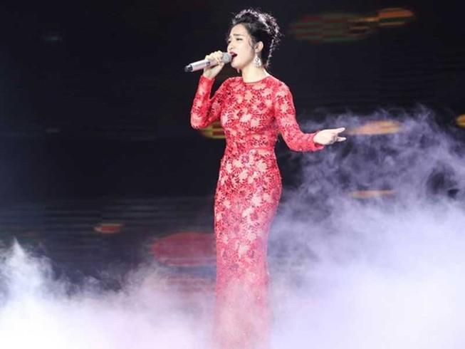 Ca sĩ nhận 'đá' vì vạ miệng về bolero