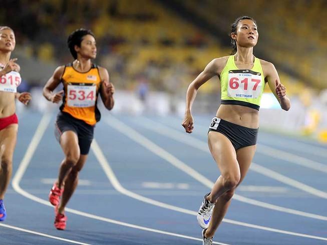 Tú Chinh và Ánh Viên chạy đua ngôi đầu
