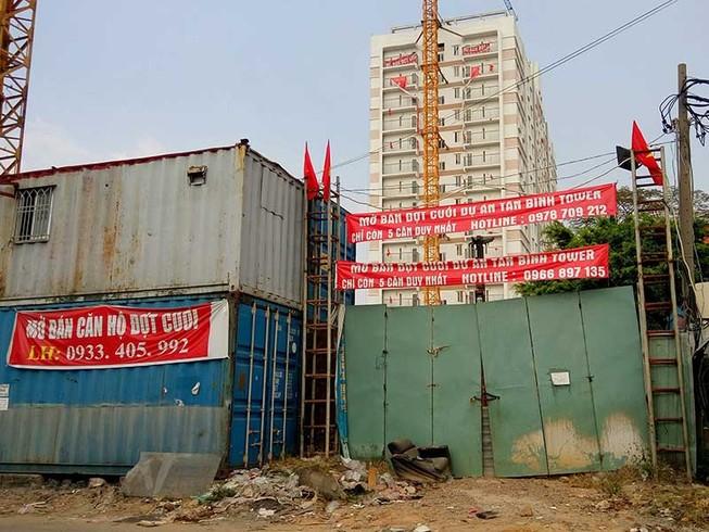 Cư dân khốn khổ đợi giao nhà dự án