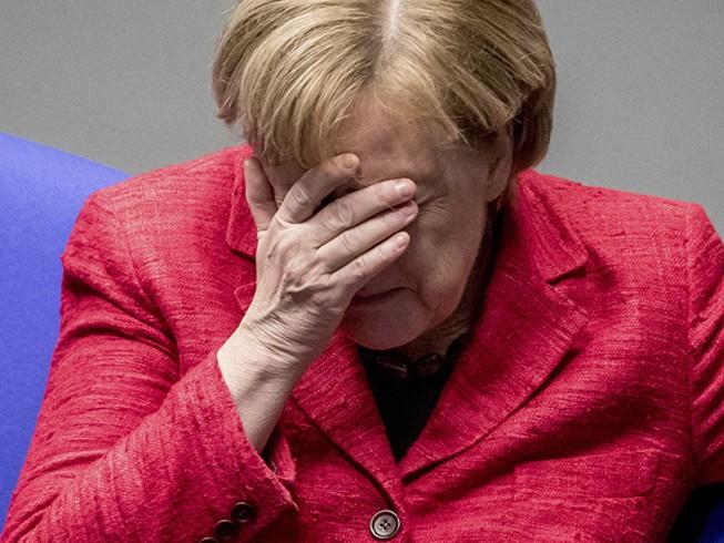 2 tuần để bà Merkel giữ ghế thủ tướng Đức