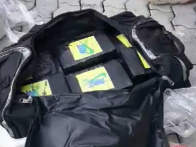 Cocaine trị giá 800 tỉ trong container phế liệu