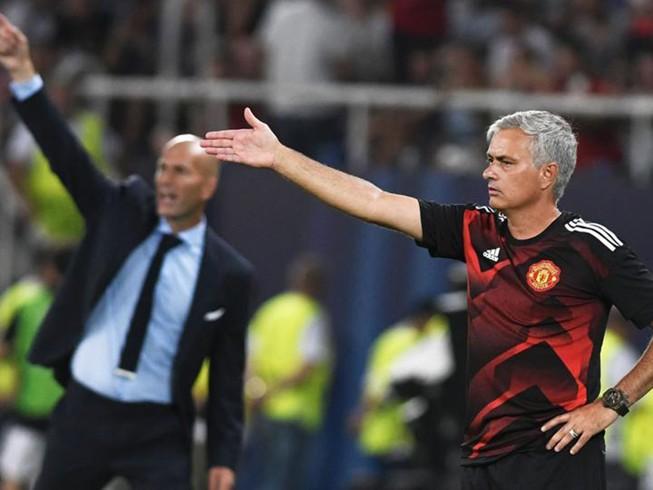 Zidane chơi 'trên cơ' Mourinho