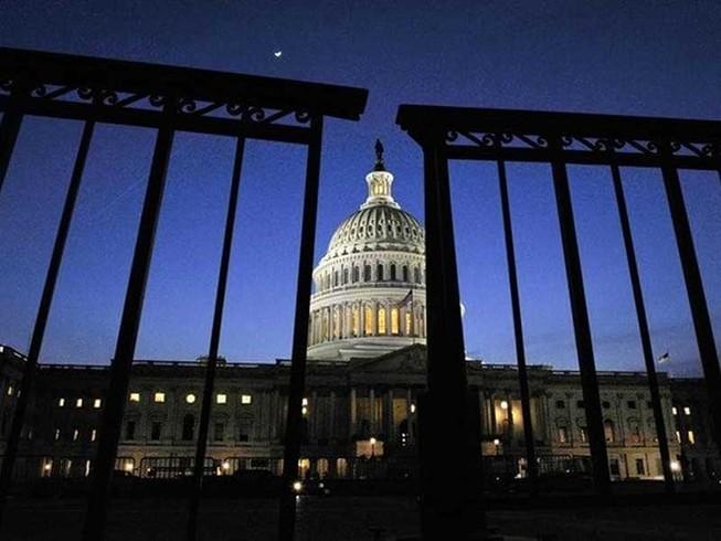 Chính phủ Mỹ đóng cửa '2 năm'