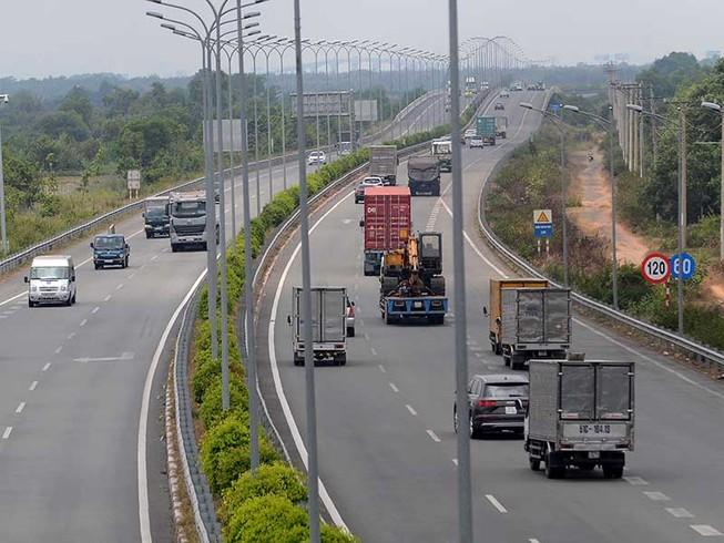 VEC nói về thông tin thiếu minh bạch thu phí cao tốc