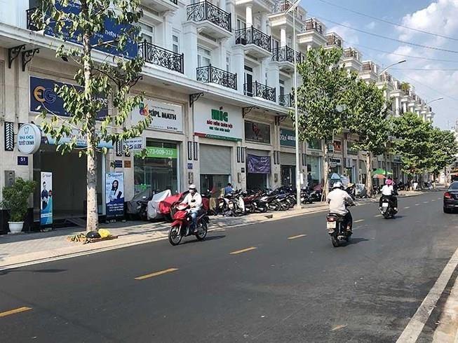 Nhà phố sụt giảm, nguồn cung shophouse tăng mạnh