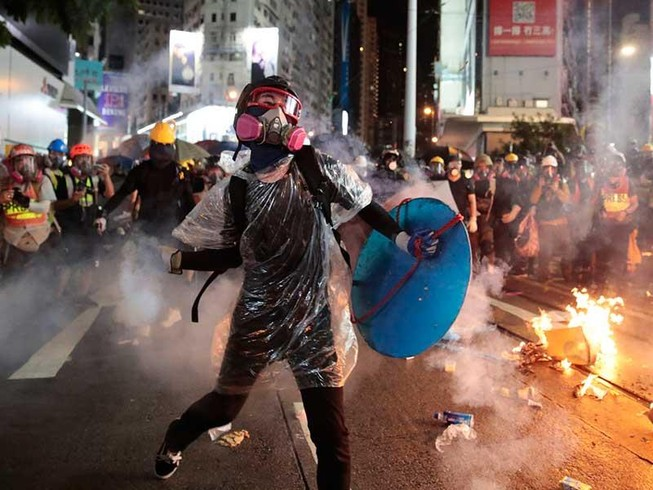 Khi nào Trung Quốc sẽ mất kiên nhẫn với Hong Kong?