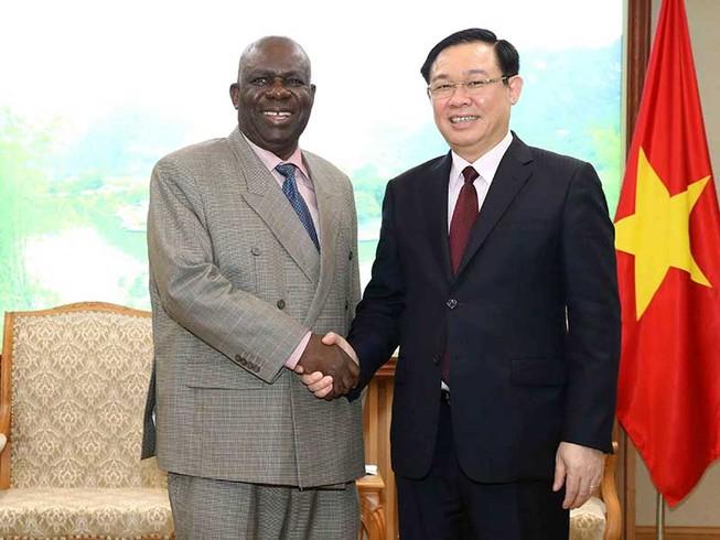 Thắt chặt hơn nữa quan hệ giữa Việt Nam với Nam Phi và Nigeria