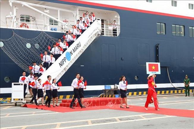 TP.HCM tiếp tàu Thanh niên Đông Nam Á và Nhật Bản