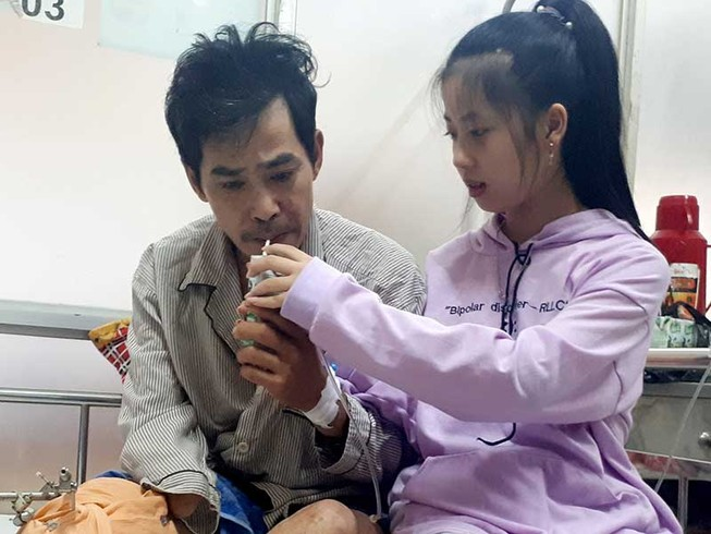 Nỗi lòng bé Tiên với người cha bị nạn hiểm nghèo