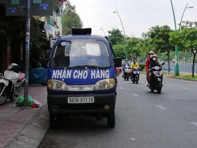 TP.HCM đề xuất 'khai tử' xe chở hàng 4 bánh gắn động cơ