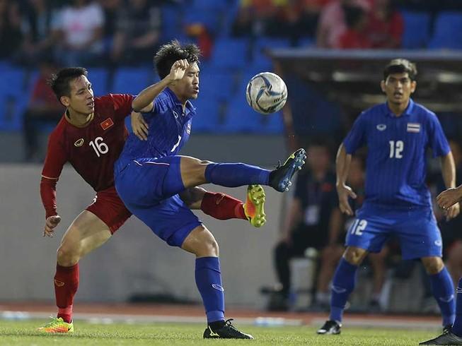 Thái Lan tổng kết năm bóng đá… buồn