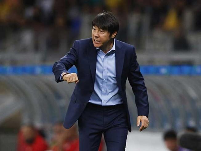 HLV Shin Tae-yong chính thức là 'đối thủ' của thầy Park
