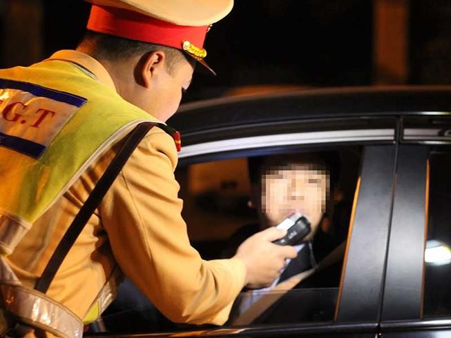 Từ hôm nay, lái xe sử dụng rượu, bia bị xử phạt nghiêm