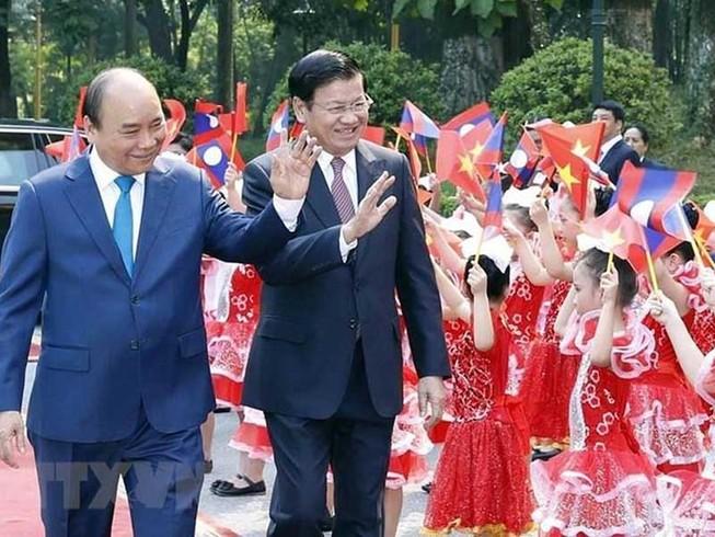 Không ngừng phát triển mối quan hệ hữu nghị Việt Nam - Lào