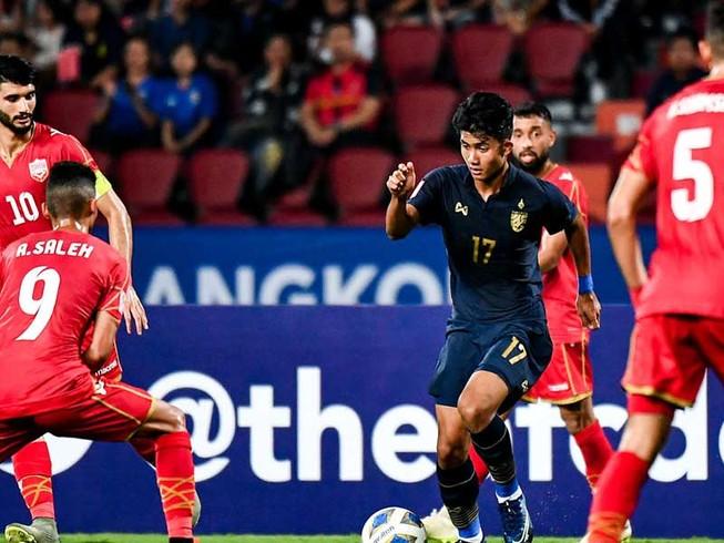 Khi chiến thắng 5 sao của Thái Lan 'gắn' tên Quang Hải