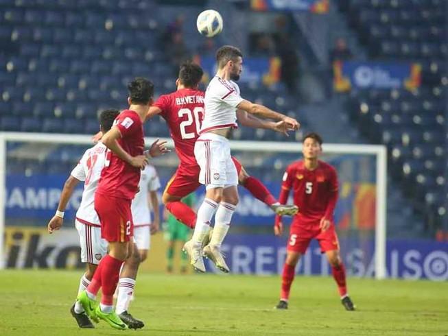 Việt Nam - UAE (0-0): Hồi hộp với hàng thủ!