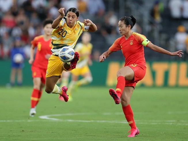Hòa nữ Trung Quốc 1-1, Úc gặp Việt Nam trận play off