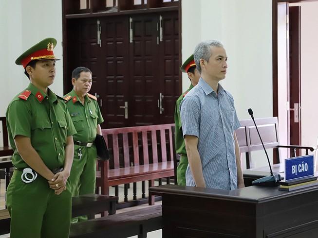 Cựu viện phó nhận hối lộ lãnh 5 năm tù