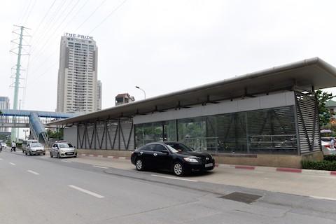 Hà Nội chạy thử xe buýt nhanh BRT