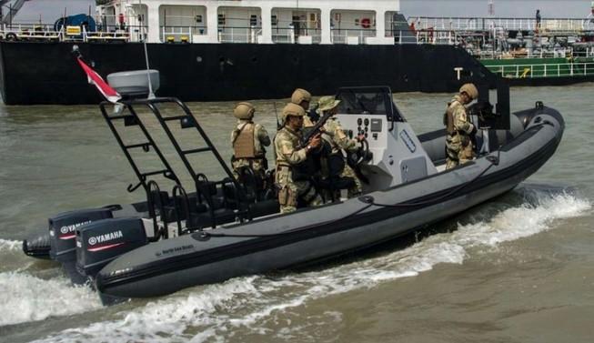 Tàu tuần tra Indonesia nổ súng bắn trúng tàu cá Trung Quốc