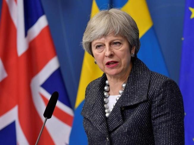 Nội bộ Anh tranh cãi tính hợp pháp vụ không kích Syria