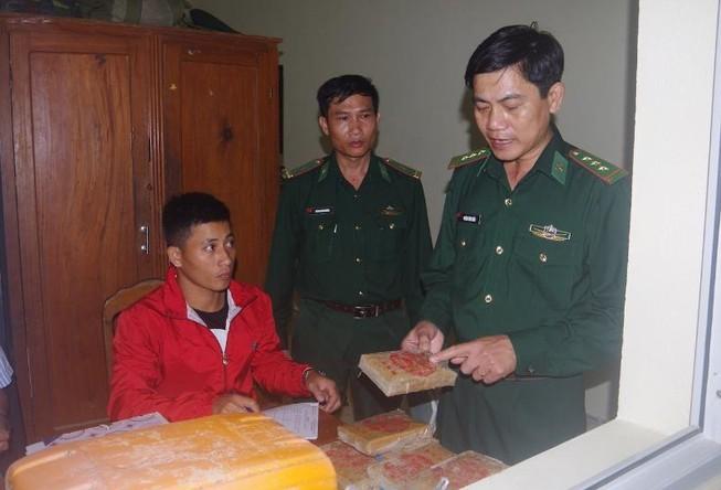 Khởi tố vụ 26 bánh heroin dạt vào bờ biển Quảng Nam