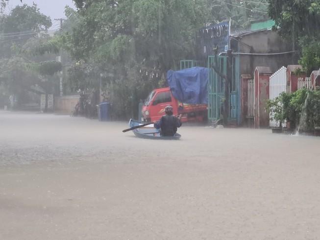 Sau bão số 9, cảnh báo lũ đặc biệt lớn ở Quảng Nam