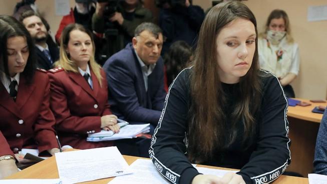 Nga: Tòa lệnh đưa 1 người trốn cách ly trở lại bệnh viện