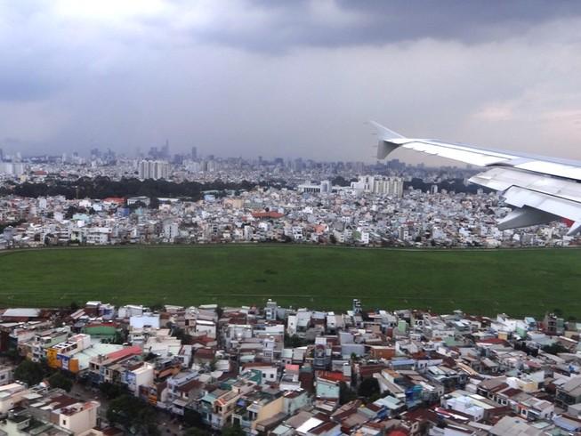 Sắp xây hồ chống ngập sân bay Tân Sơn Nhất