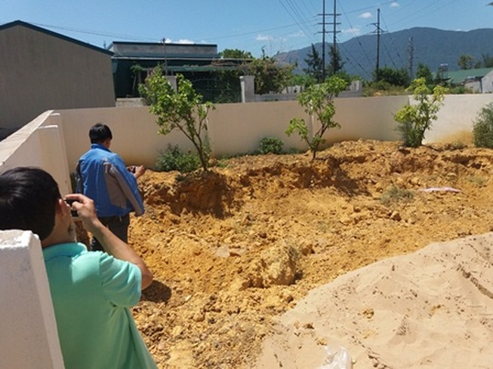 Phát hiện thêm 10 tấn chất thải của Formosa trong khu dân cư
