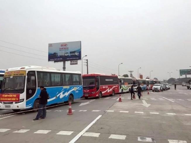Gỡ 'nút thắt' tại các bến xe ở Hà Nội