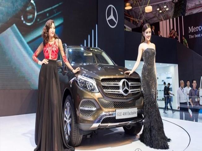 Triệu hồi hàng ngàn xe Mercedes có thể gây nguy hiểm