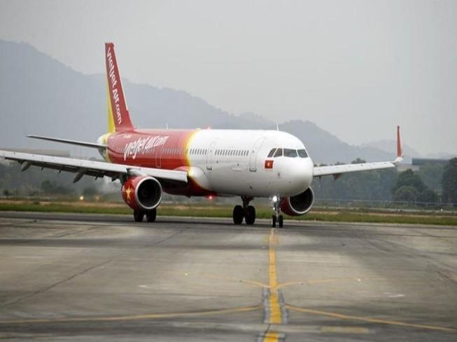 Hãng bay nào chậm, hủy chuyến nhiều nhất?