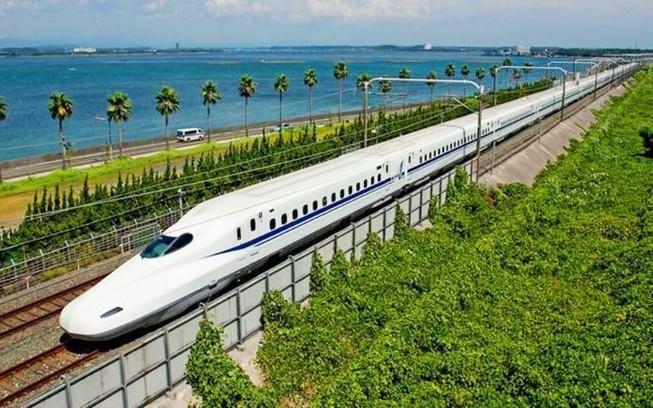 Xây mới tuyến đường sắt tốc độ cao 350 km/h