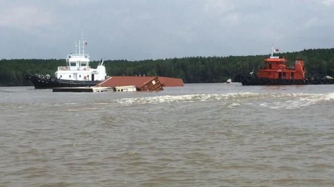 Cục trưởng yêu cầu xử lý nghiêm việc xếp dỡ container quá tải