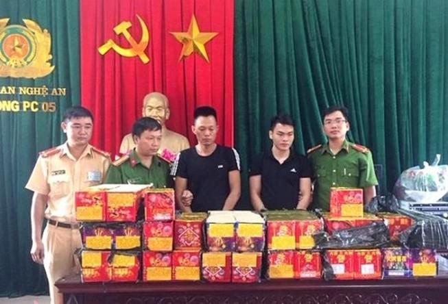 Bộ GTVT yêu cầu ngăn chặn pháo lậu Trung Quốc, Lào, Campuchia