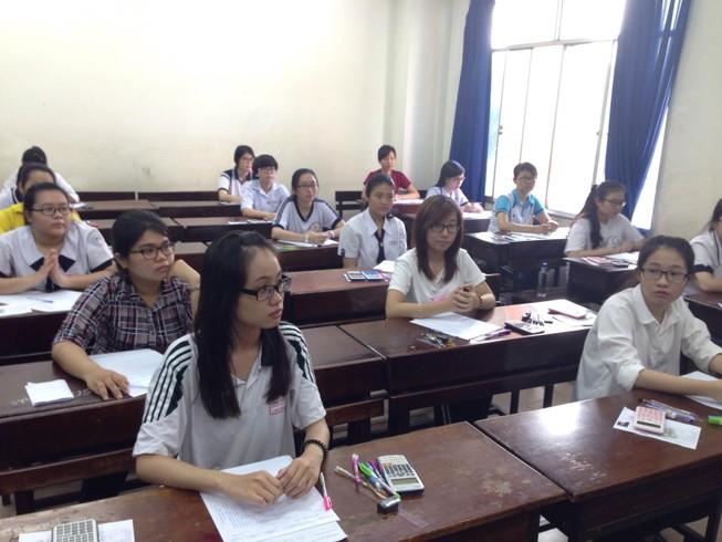 Đại học Kinh tế TP.HCM điểm sàn xét tuyển là 18
