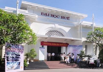 Đại học Huế giảm 50% học phí cho sinh viên bốn tỉnh miền Trung