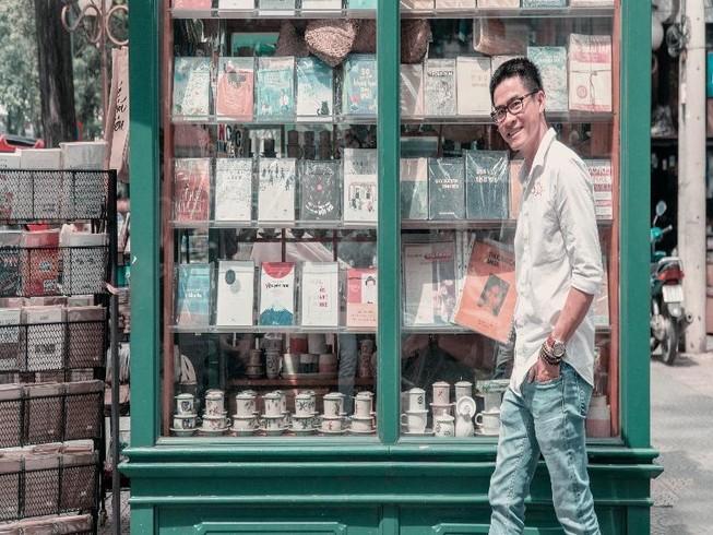 Nguyễn Phong Việt: Tết ở ... khoảnh sân trước nhà