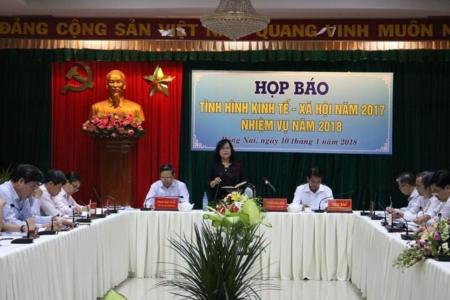 Bà Phan Thị Mỹ Thanh 'phục vụ' gì cho công ty gia đình?